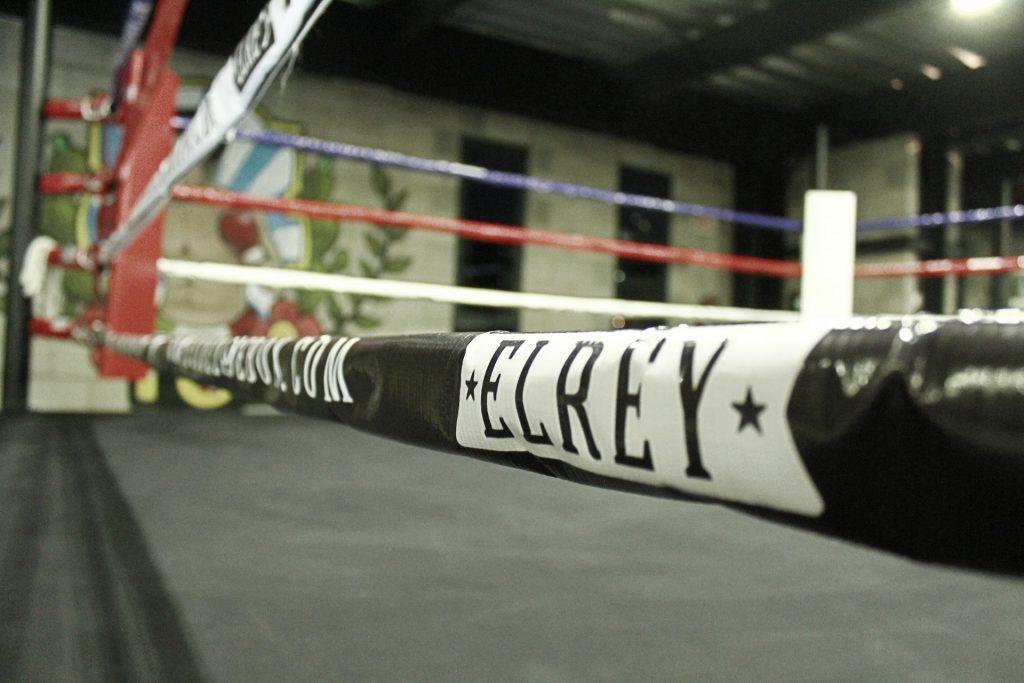 Ring de Boxeo de la escuela de box EL REY